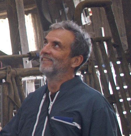 Le Dr vétérinaire Yves Debeauvais détaille les différences au niveau du travail du pareur selon la dureté des sols.